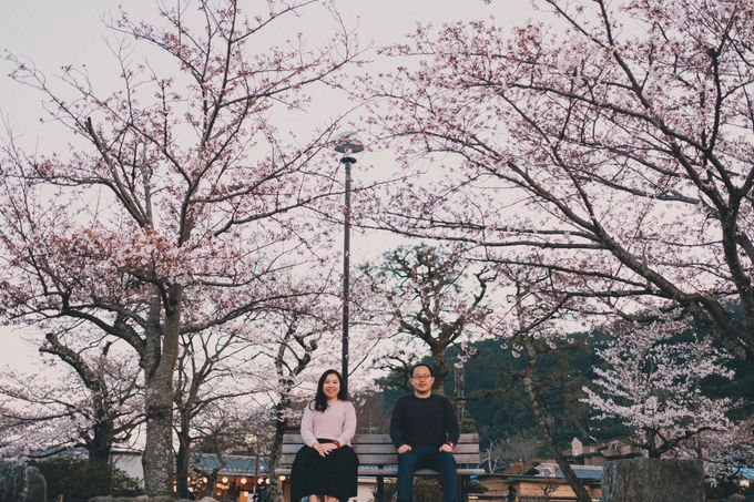 Kyoto Sakura Pre Wedding Shoot by Yipmage Moments - 019