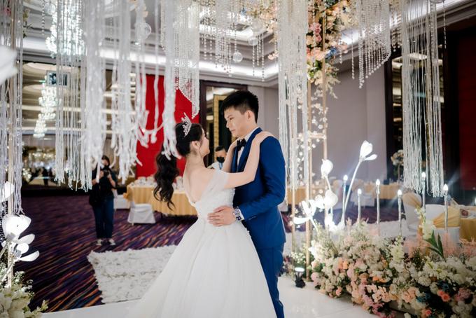 Irwan & Angel Wedding Day by KYRIA WEDDING - 005