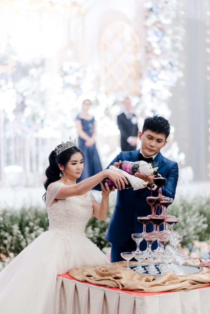 Irwan & Angel Wedding Day by KYRIA WEDDING - 001