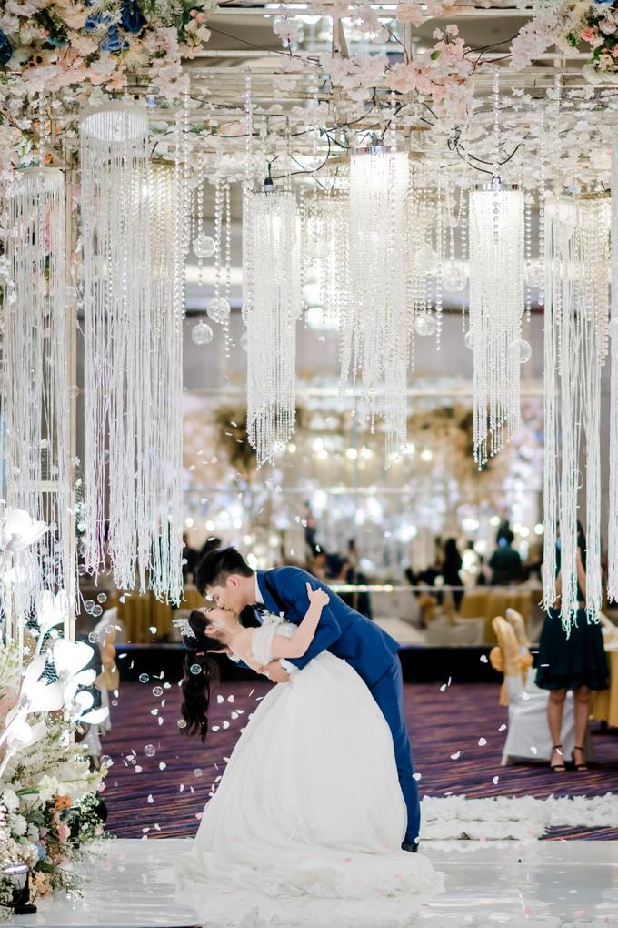 Irwan & Angel Wedding Day by KYRIA WEDDING - 011
