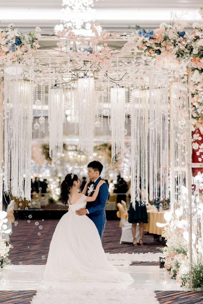 Irwan & Angel Wedding Day by KYRIA WEDDING - 013