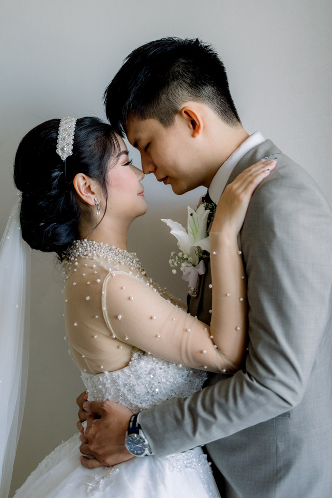 Irwan & Angel Wedding Day by KYRIA WEDDING - 020