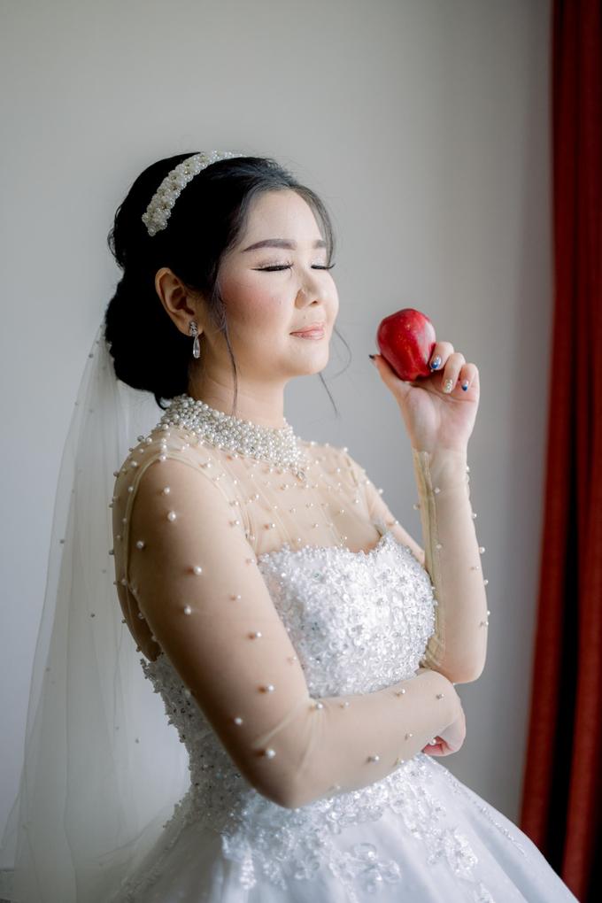 Irwan & Angel Wedding Day by KYRIA WEDDING - 021