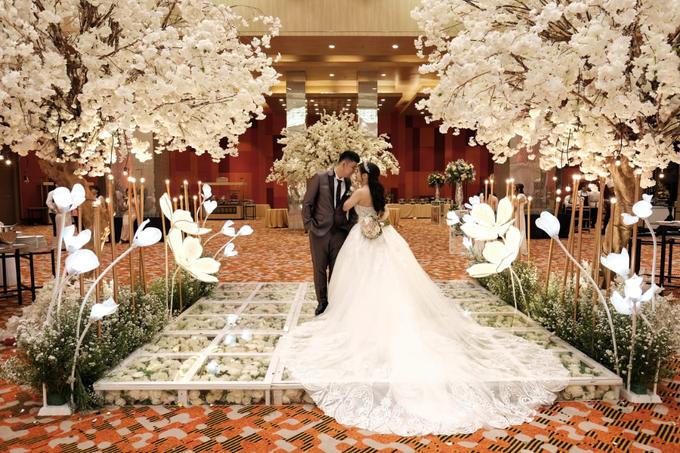 Handi & Gina Wedding Day by KYRIA WEDDING - 002