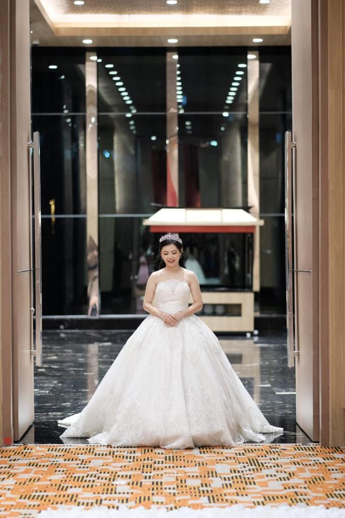 Handi & Gina Wedding Day by KYRIA WEDDING - 006
