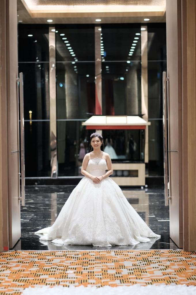 Handi & Gina Wedding Day by KYRIA WEDDING - 007