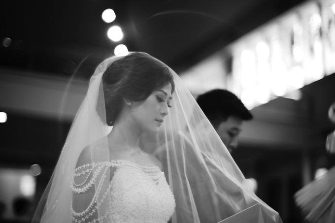 Desmond & Joan Holy Matrimony by David Salim Photography - 013