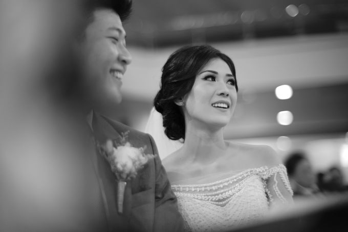 Desmond & Joan Holy Matrimony by Hilda by Bridestory - 015