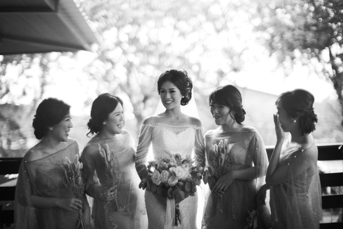 Desmond & Joan Holy Matrimony by Hilda by Bridestory - 019