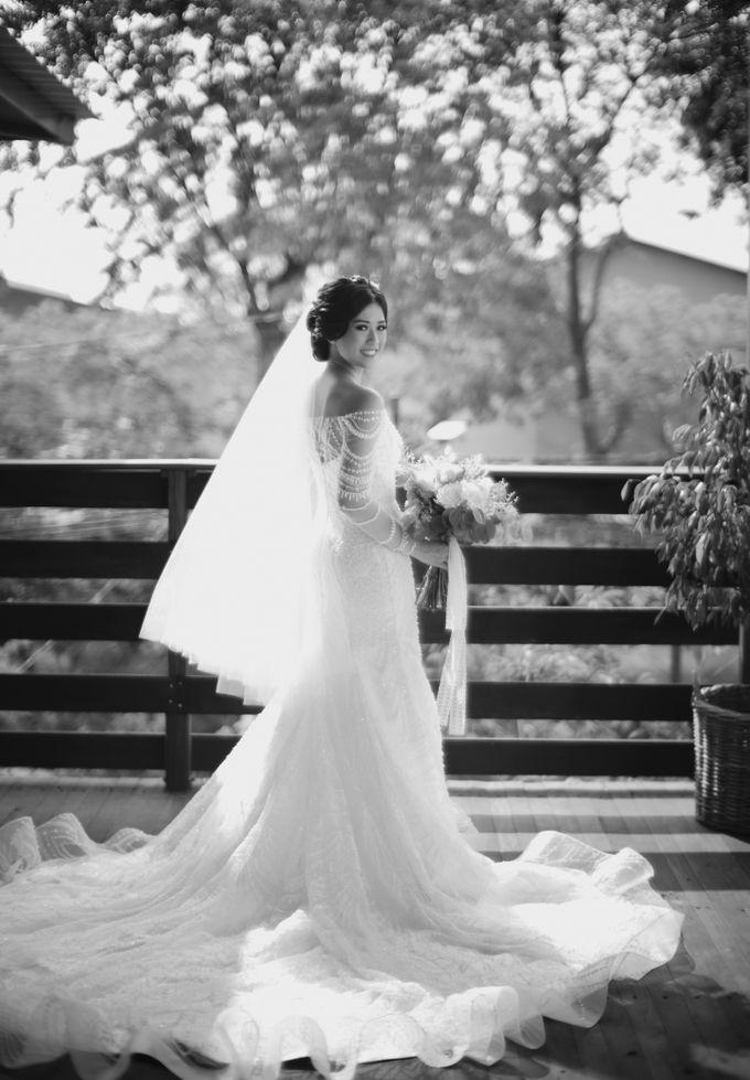 Desmond & Joan Holy Matrimony by David Salim Photography - 025