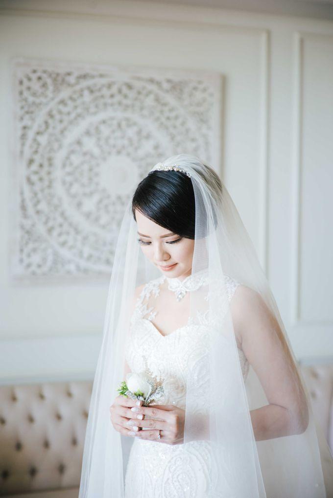 Wedding of Yulius & Caroline by Lis Make Up - 005
