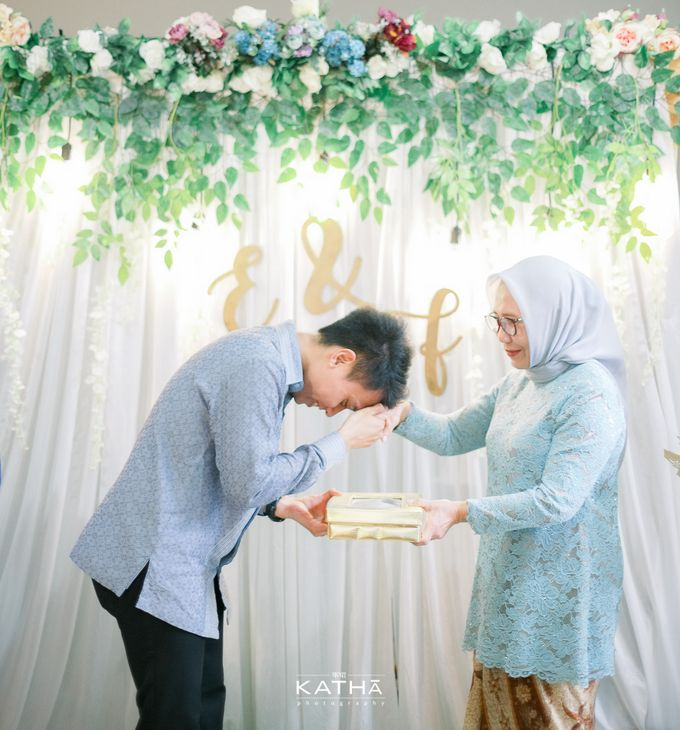 Egi & Fauzan Engagement by Katha Photography - 022