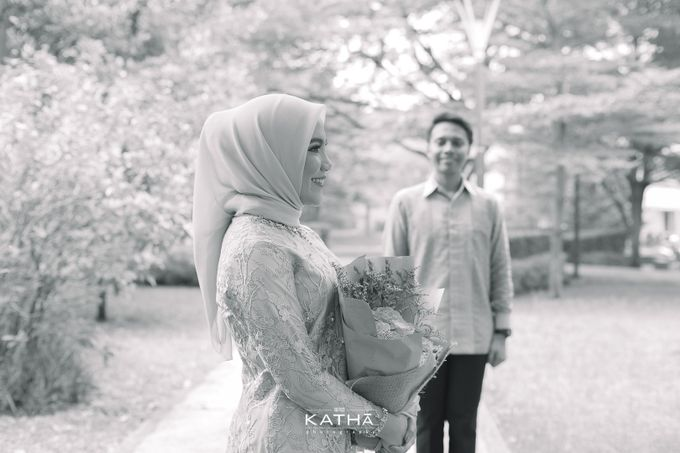 Egi & Fauzan Engagement by Katha Photography - 004