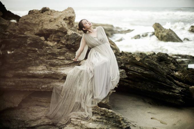 The Prewedding of Lala by Amorphoto - 003