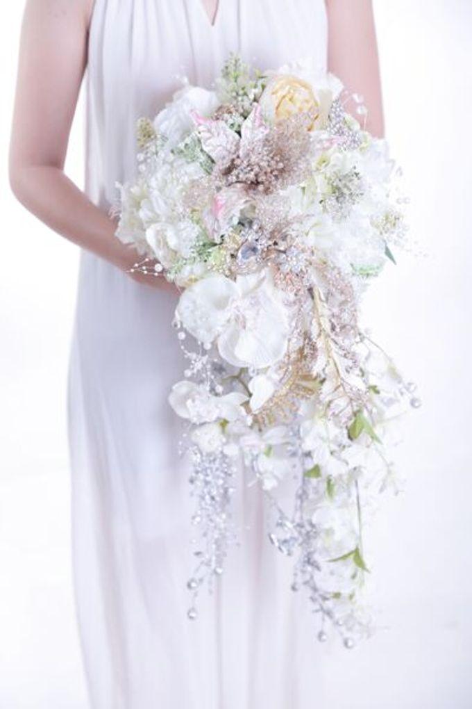 Luxurious Bouquet by LUX floral design - 021