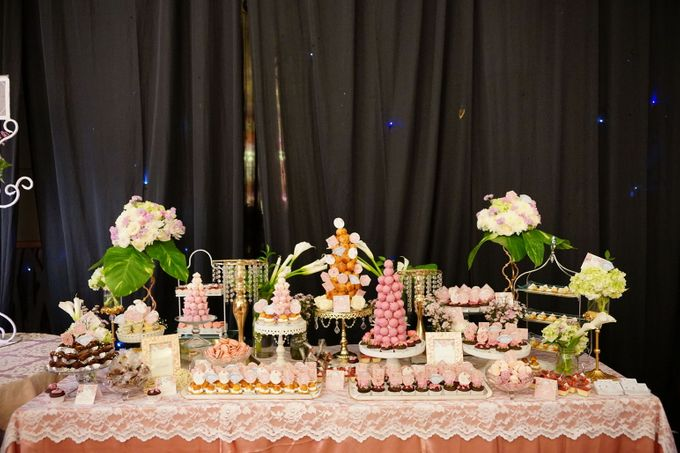 Wedding of Yongki & Indhira - Jardin Sweet Corner by Questo La Casa Pastry - 001