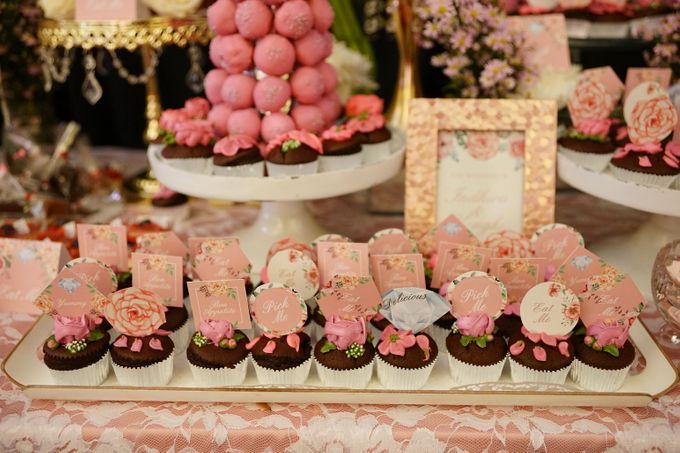 Wedding of Yongki & Indhira - Jardin Sweet Corner by Questo La Casa Pastry - 008