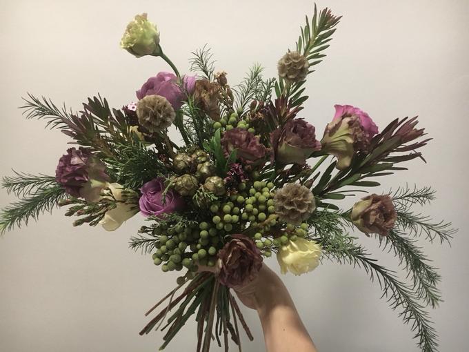 Pre-Wed Photoshoot Bouquet Boho-chic style  by La Fleur Société - 001