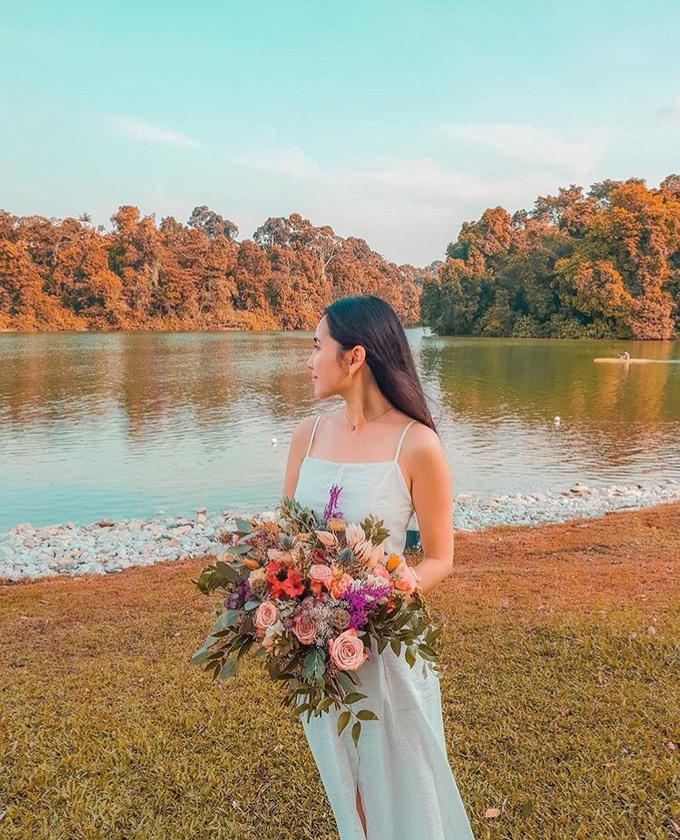 Premium Bridal Bouquet  by La Fleur Société - 002