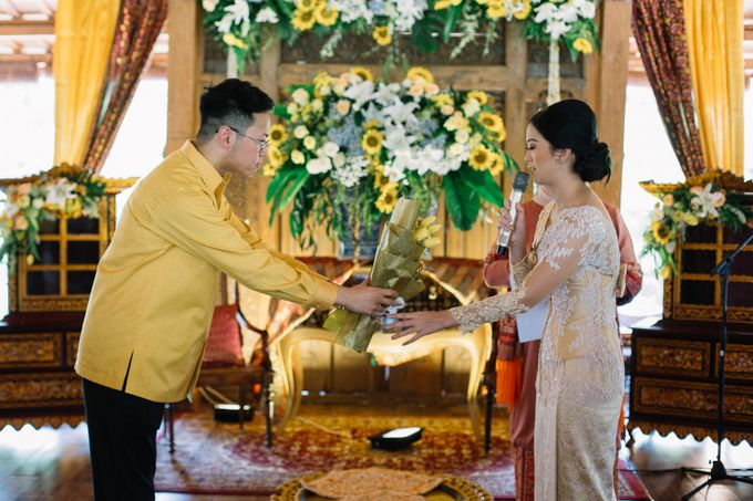 The Engagement of Ila & Ragyl at Hidden Paradise Jakarta by Warna Project - 012