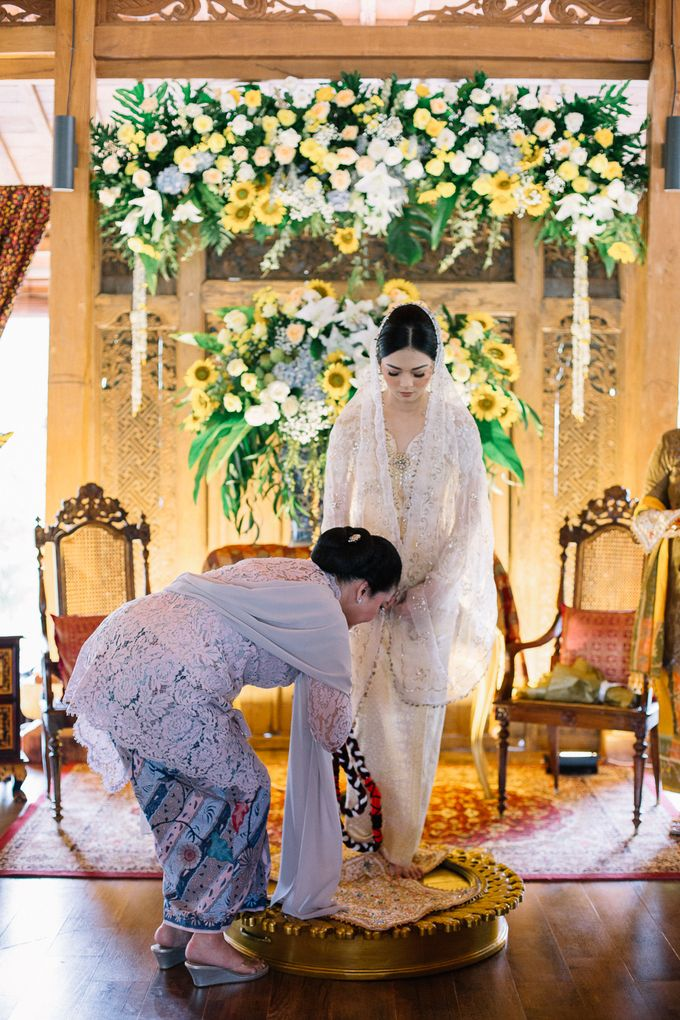 The Engagement of Ila & Ragyl at Hidden Paradise Jakarta by Warna Project - 016