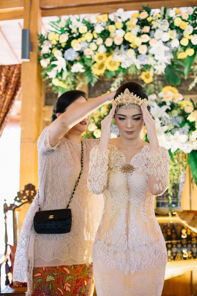 The Engagement of Ila & Ragyl at Hidden Paradise Jakarta by Warna Project - 018