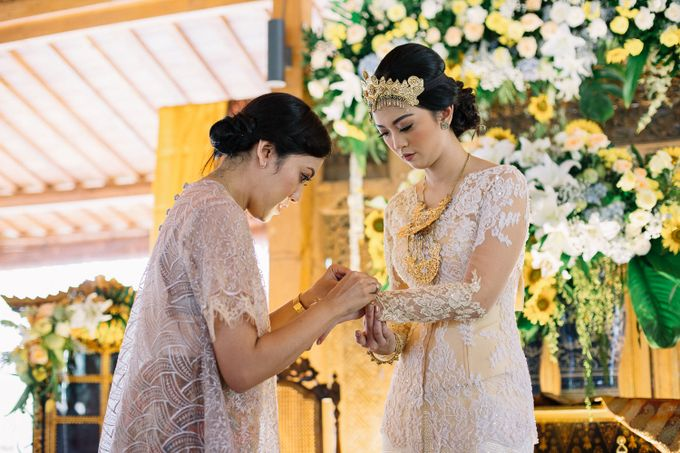 The Engagement of Ila & Ragyl at Hidden Paradise Jakarta by Warna Project - 021