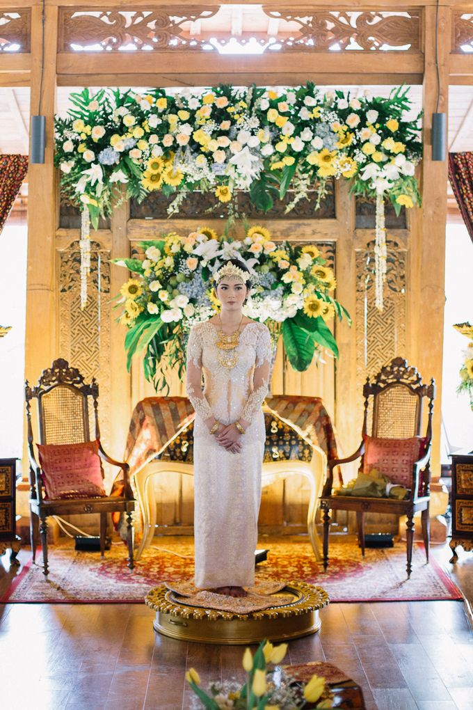 The Engagement of Ila & Ragyl at Hidden Paradise Jakarta by Warna Project - 022