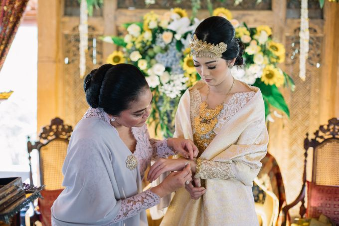 The Engagement of Ila & Ragyl at Hidden Paradise Jakarta by Warna Project - 025