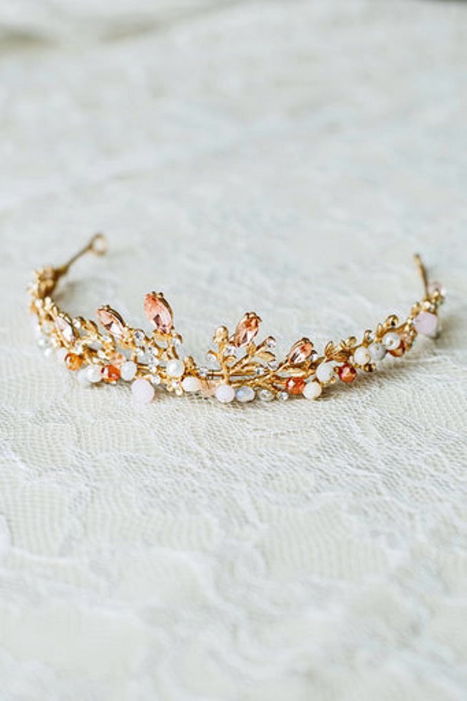 Hairpiece by @laceandabout by Lace and About - 011