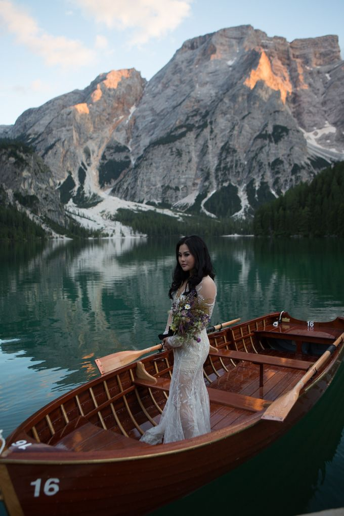 Pre-wedding shoot of Indonesian couple in Tre Cime Mountains and Lago di Braies, - the most beautiful lake of Dolomites in Italy. by Fotomagoria - 012