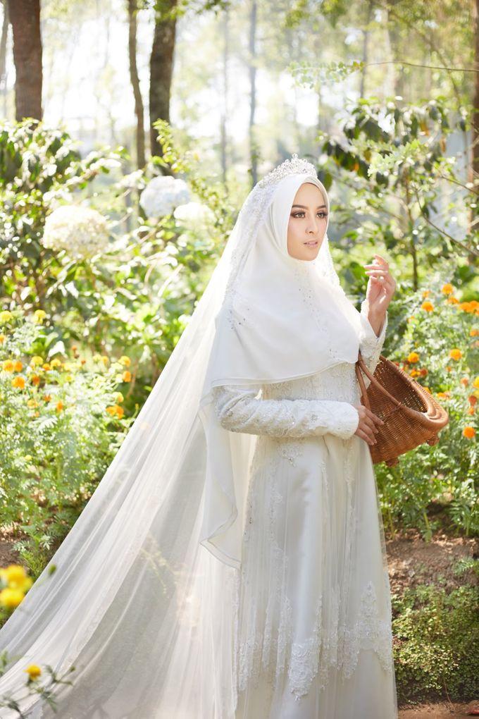 Akad Hijrah Series 01 Busana Syari Akad by LAKSMI - Kebaya Muslimah & Islamic Bride - 001