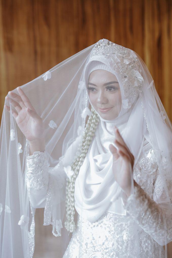 Kebaya Akad Nikah Muslimah Dinda Zhafran By Laksmi 0817 0370 7670
