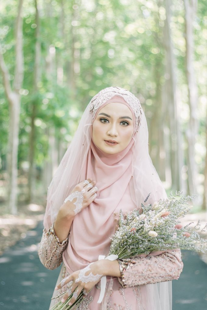 Ottoman Series - Soft Pink by LAKSMI - Kebaya Muslimah & Islamic Bride - 003