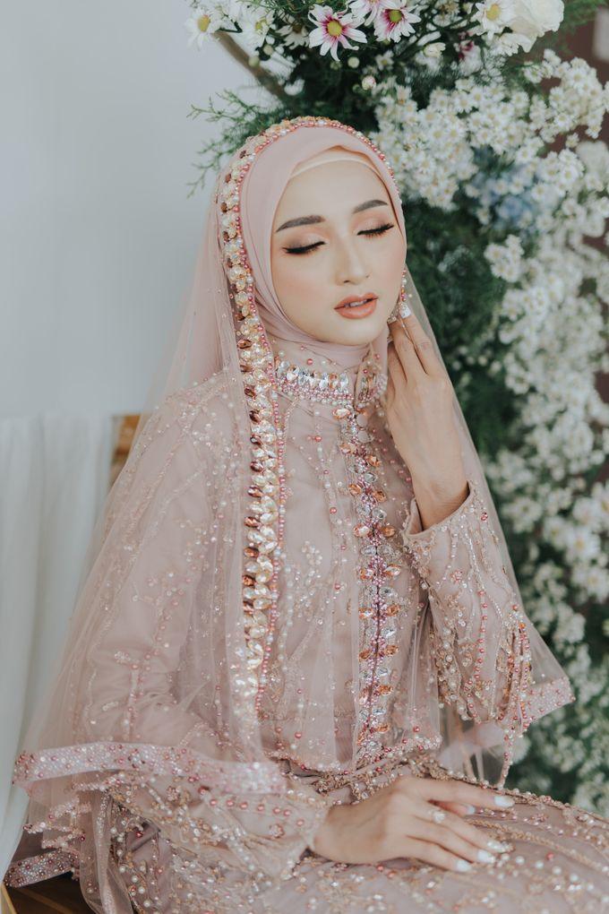 Photoshoot Dusty Pink Rainy by LAKSMI - Kebaya Muslimah & Islamic Bride - 005