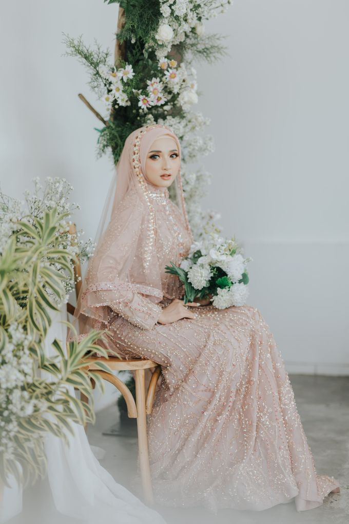 Photoshoot Dusty Pink Rainy by LAKSMI - Kebaya Muslimah & Islamic Bride - 007