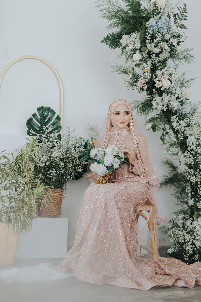 Photoshoot Dusty Pink Rainy by LAKSMI - Kebaya Muslimah & Islamic Bride - 002
