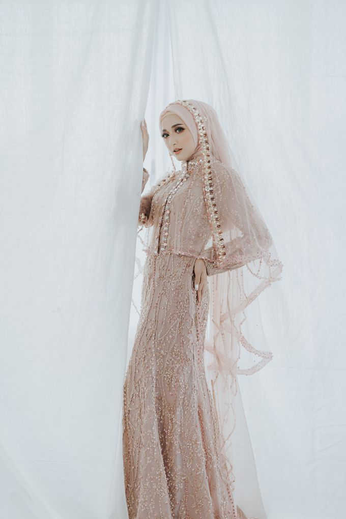Photoshoot Dusty Pink Rainy by LAKSMI - Kebaya Muslimah & Islamic Bride - 003