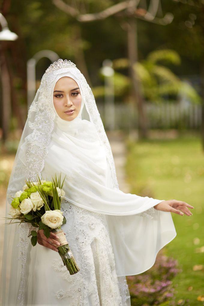 Akad Hijrah Series 03 Busana Syari Akad by LAKSMI - Kebaya Muslimah & Islamic Bride - 001