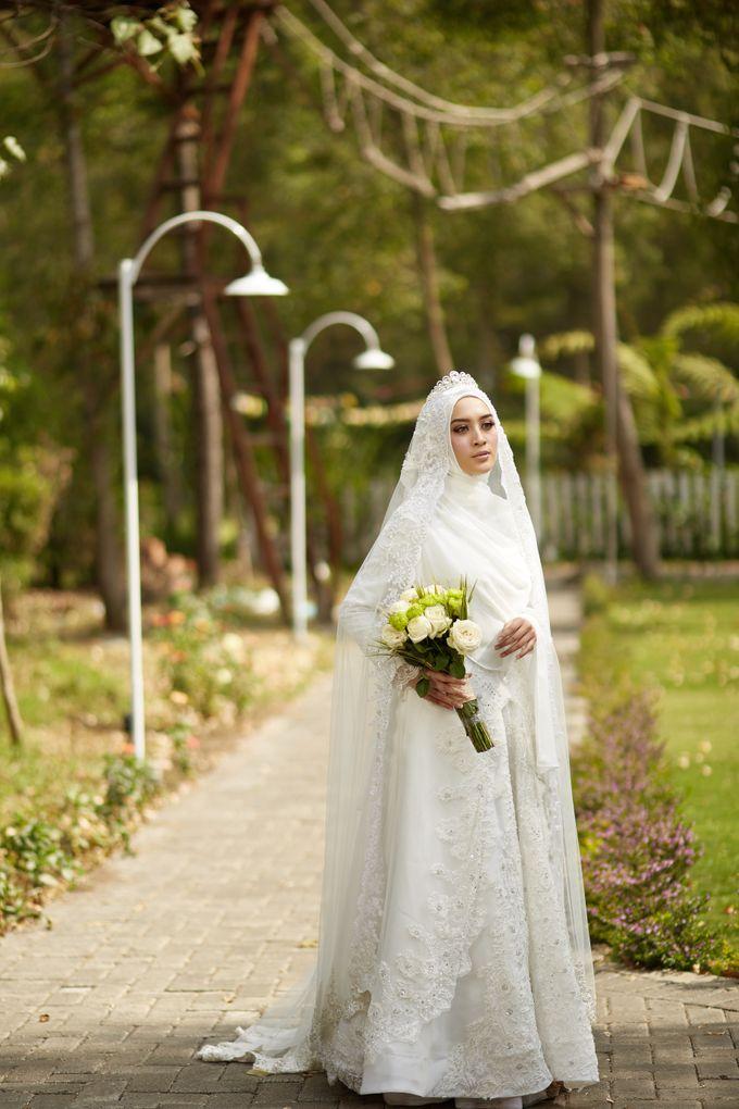 Akad Hijrah Series 03 Busana Syari Akad by LAKSMI - Kebaya Muslimah & Islamic Bride - 004