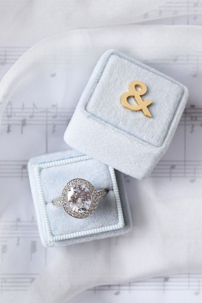 Personalised Engagement Ring Box by L'AMORE - 002