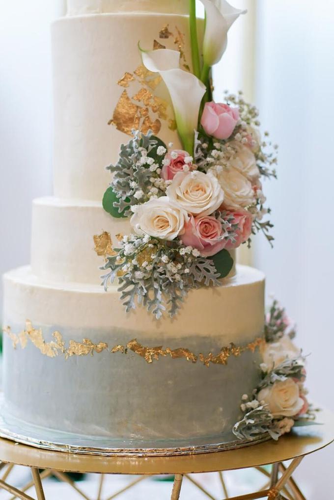 Wedding Cake - Hebert & Michelle by Lareia Cake & Co. - 001