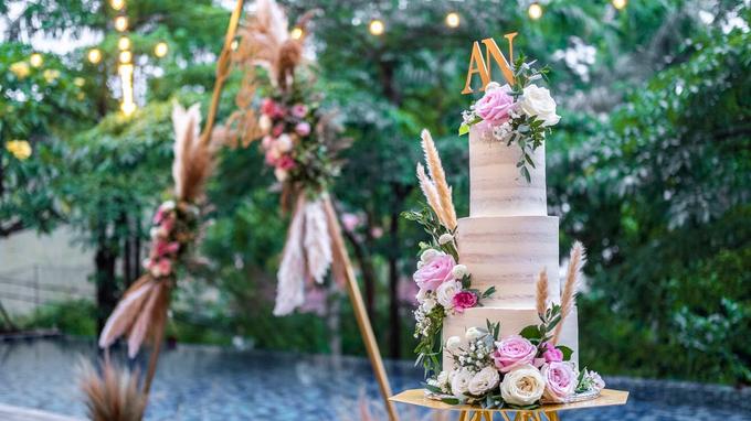 Wedding Cake - Alfa & Nathania by Lareia Cake & Co. - 005