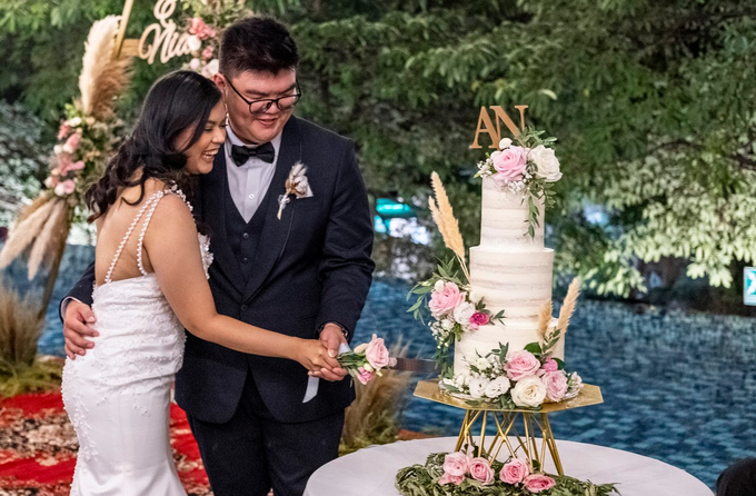 Wedding Cake - Alfa & Nathania by Lareia Cake & Co. - 006