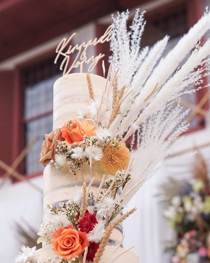 Wedding Cake - King & Vonny by Lareia Cake & Co. - 002