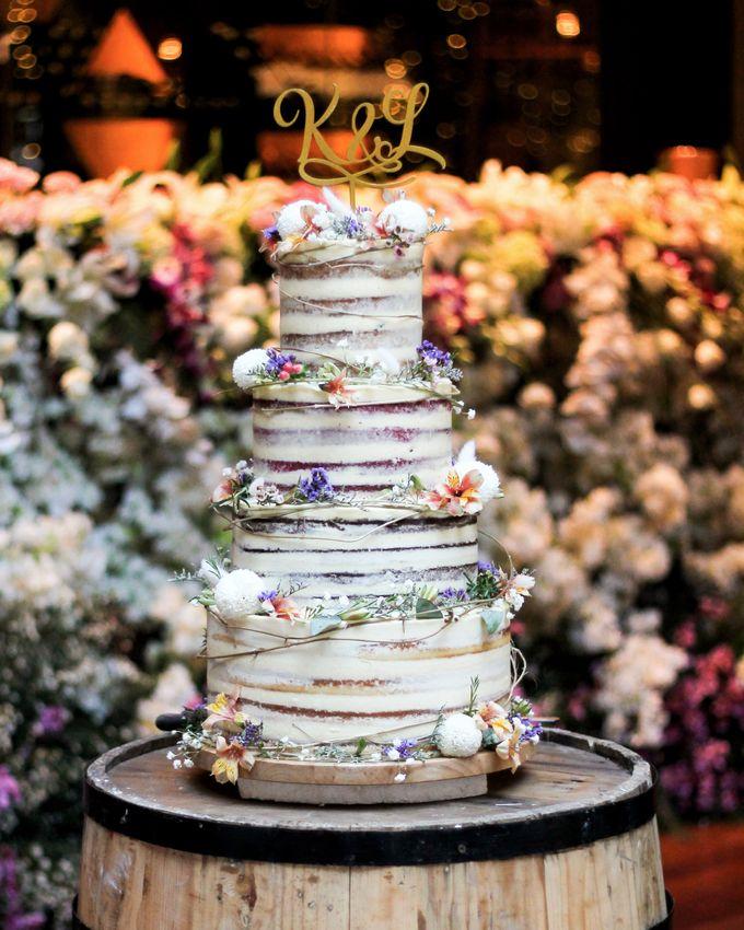 Wedding Cake - Kerwin & Lisa by Lareia Cake & Co. - 001