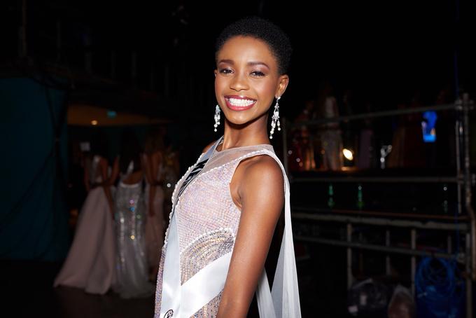 Miss Universe Kenya '18 - Wabaiya Kariuki by LASALA - 001
