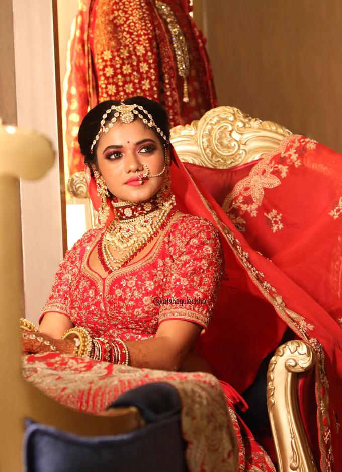 Varnamala /Reception look by Latsha Gulechha Makeovers - 003