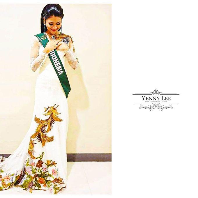 Batik/Kebaya Modern Collections by Yenny Lee Bridal Couture - 002