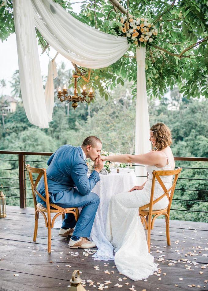 INTIMATE FOREST WEDDING - LAUREN & KAREEM by Kamandalu Ubud - 007